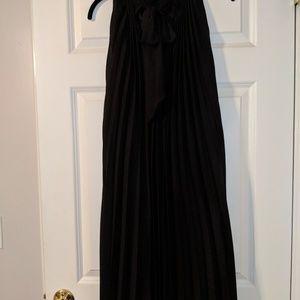 sillouette Dresses - Black pleated dress